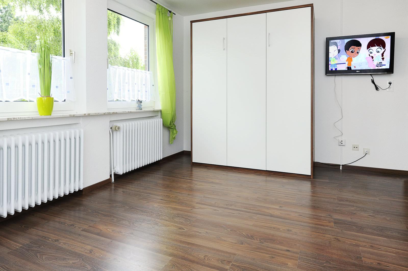 wohn und schlafzimmer der ferienwohnung lulu meinders. Black Bedroom Furniture Sets. Home Design Ideas