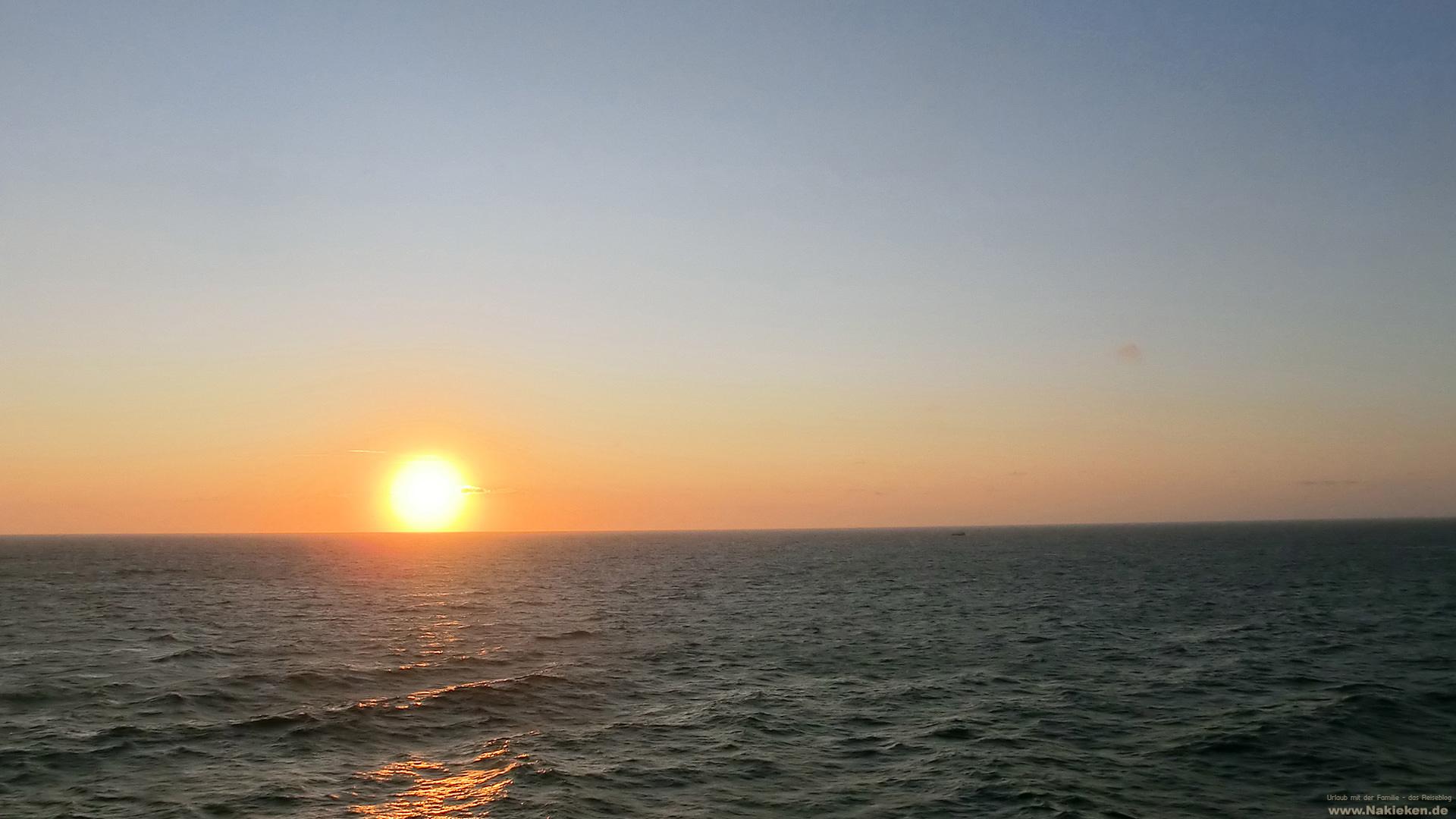 Ein Blick Aufs Meer Mit Blank & Jones